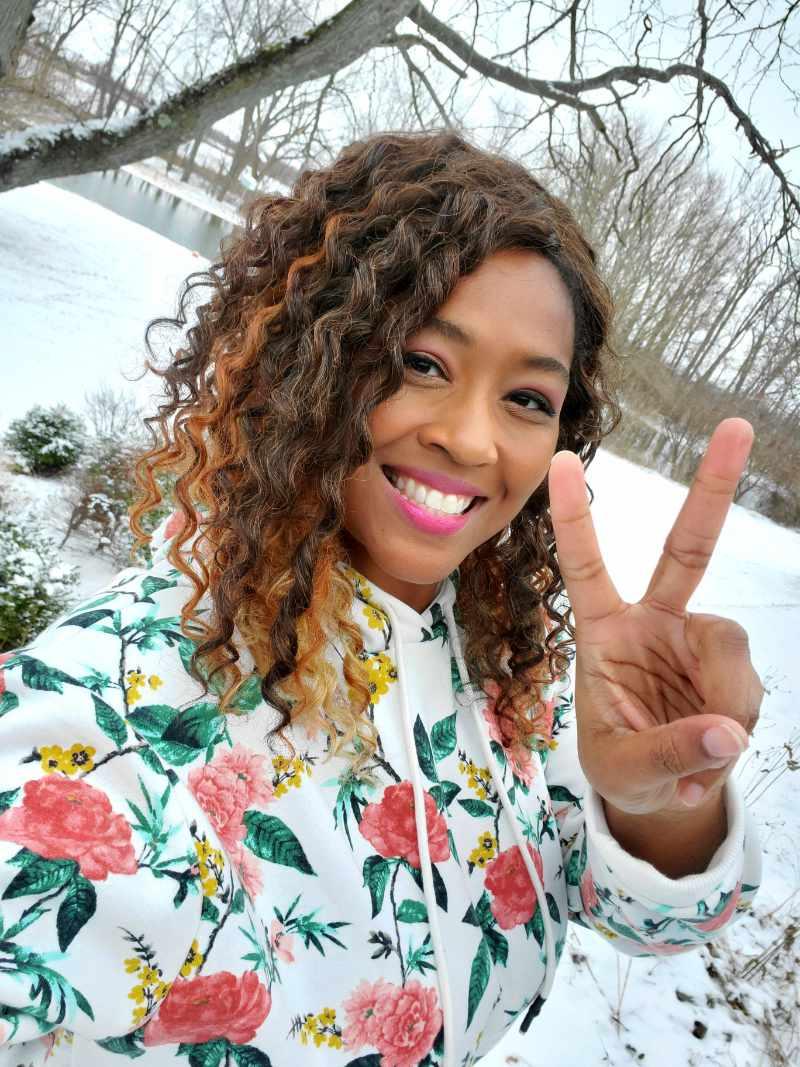 Azia Hawthorne peace photo